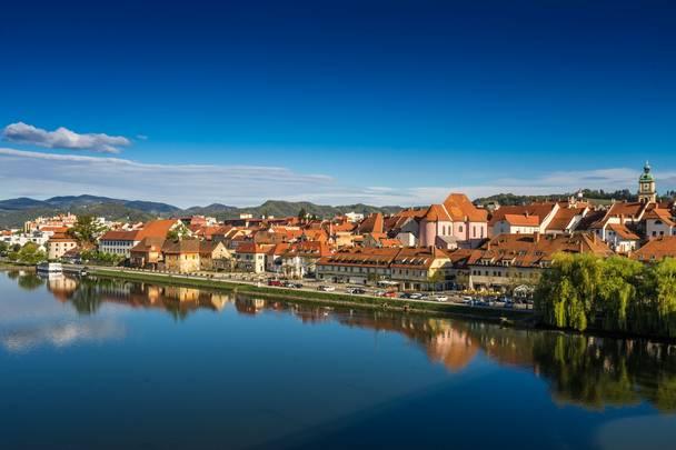 <p>Drauradweg Slowenien, Maribor</p>